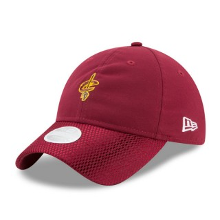Moda Gorra Cleveland Cavaliers New Era 2017 Official On-Court 9TWENTY Adjustable Cap - WoHombre