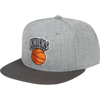 Gorra New York Knicks Hardwood Classics Embroidered Logo Snapback Cap Venta