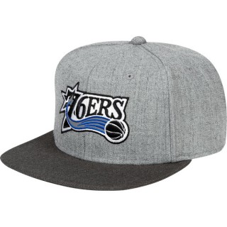 Gorra Philadelphia 76ers Hardwood Classics Embroidered Logo Snapback Cap Baratas