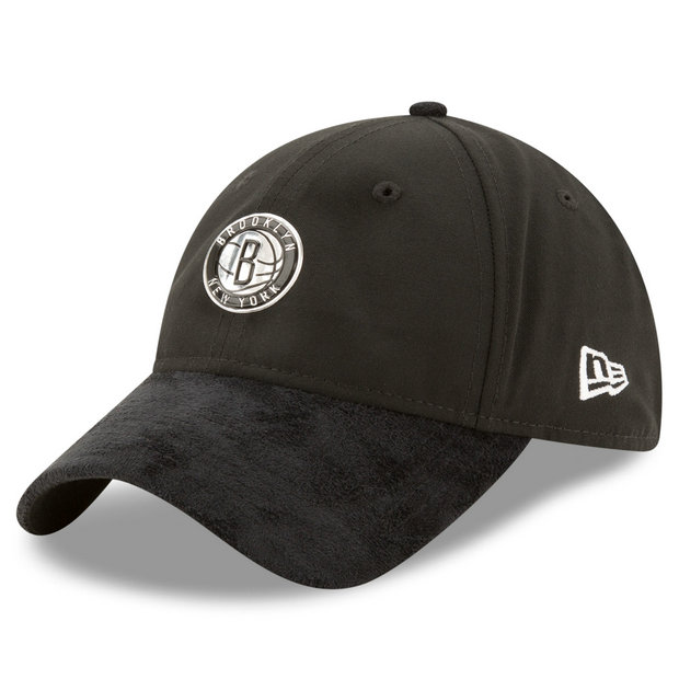 Gorra Brooklyn Nets New Era 2017 Official On-Court 9TWENTY Adjustable Cap