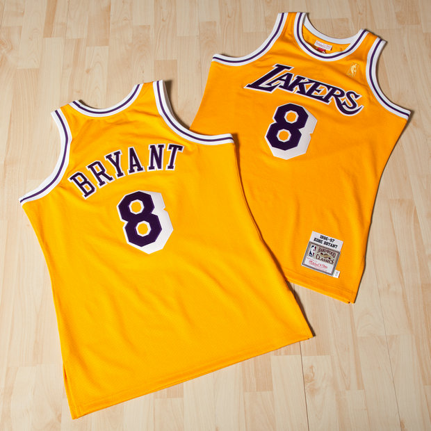 Los Angeles Lakers Kobe Bryant 1996-97 Home Authentic Camiseta By Mitchell & Ness