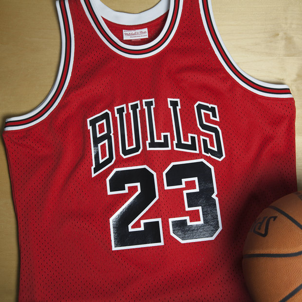 Michael Jordan - Hombre Chicago Bulls Mitchell & Ness 1985-86 Road Authentic Camiseta